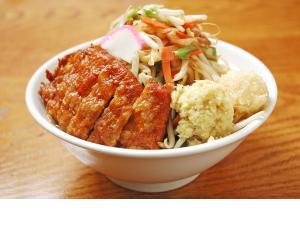 極濃湯麺 フタツメ 伊勢崎店